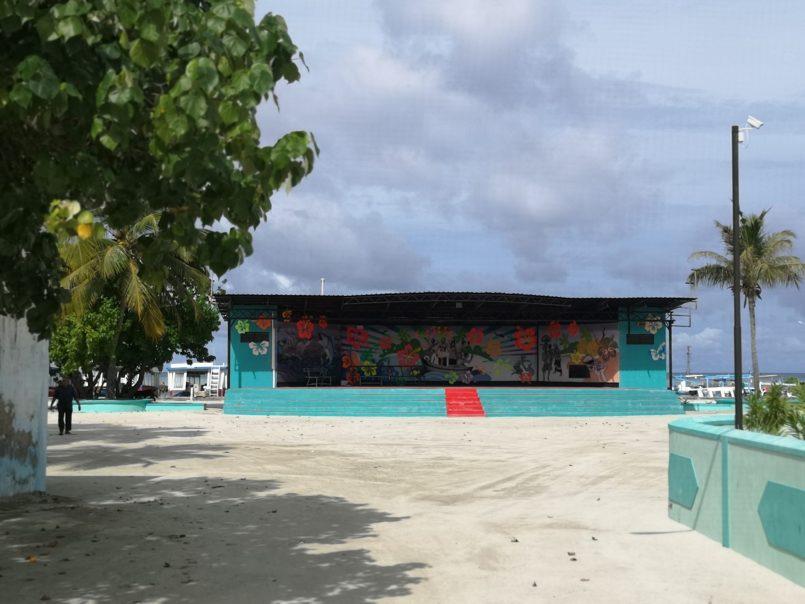 Străzi pe Himmafushi teatru