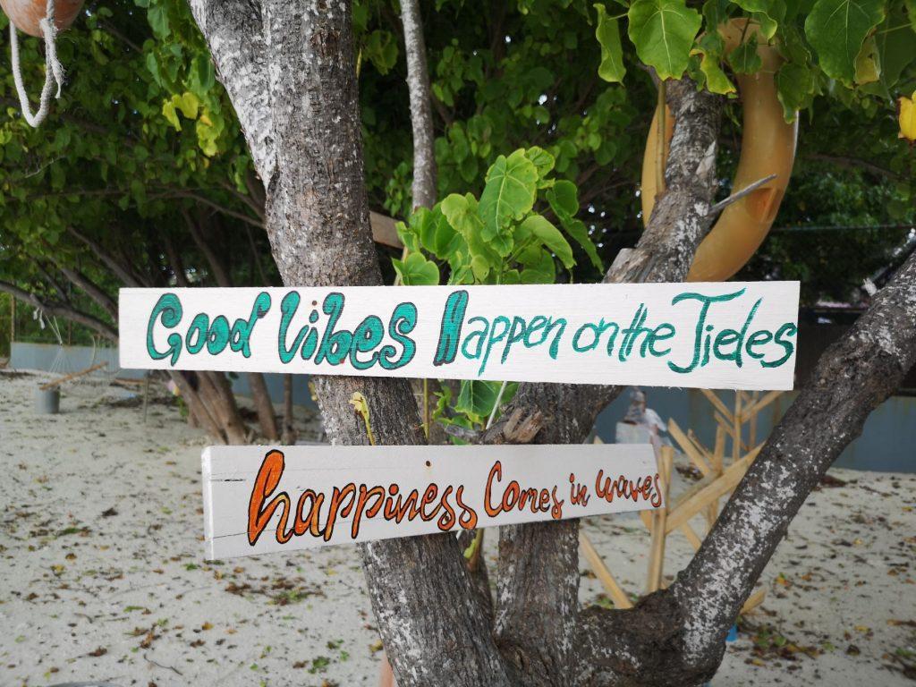 The Jailbreaks Surfing Point Hummafushi