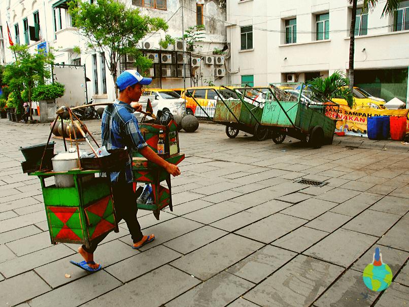 Jakarta - Vânzător de mâncare