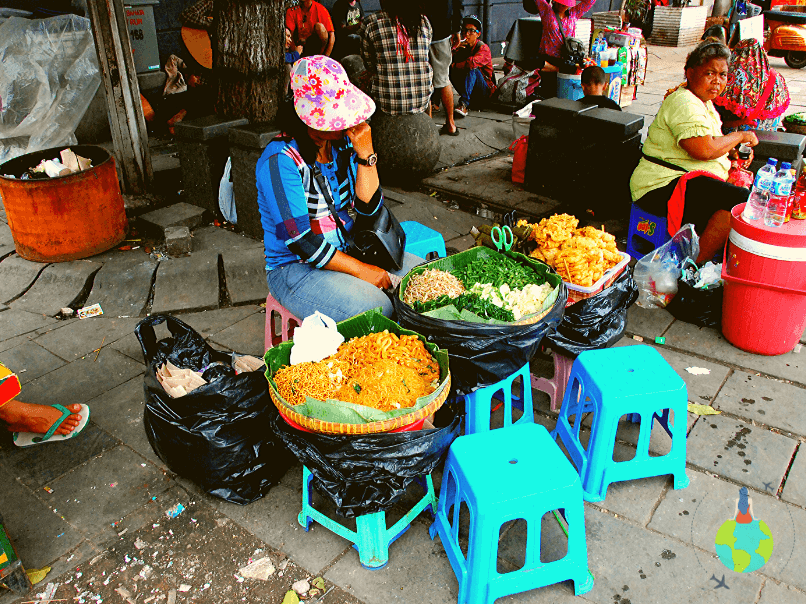 Jakarta - restaurant stradal