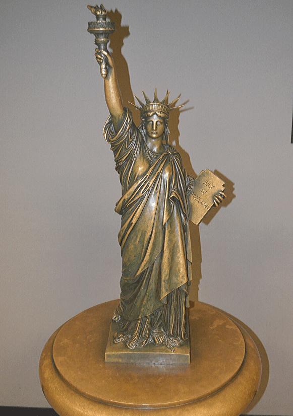 Replica din Muzeul Statuii Libertății