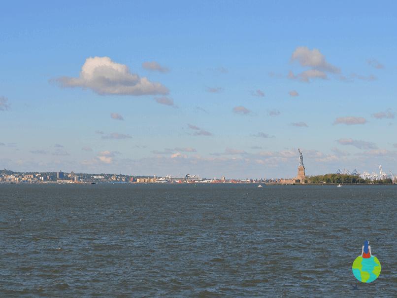 Statuia Libertății văzută de pe ferry