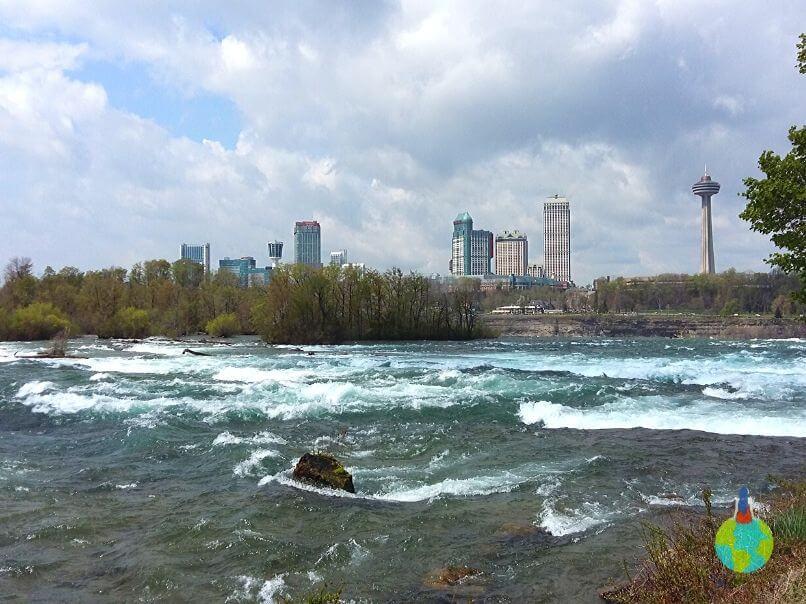 Cascada Niagara - American Falls văzută de sus