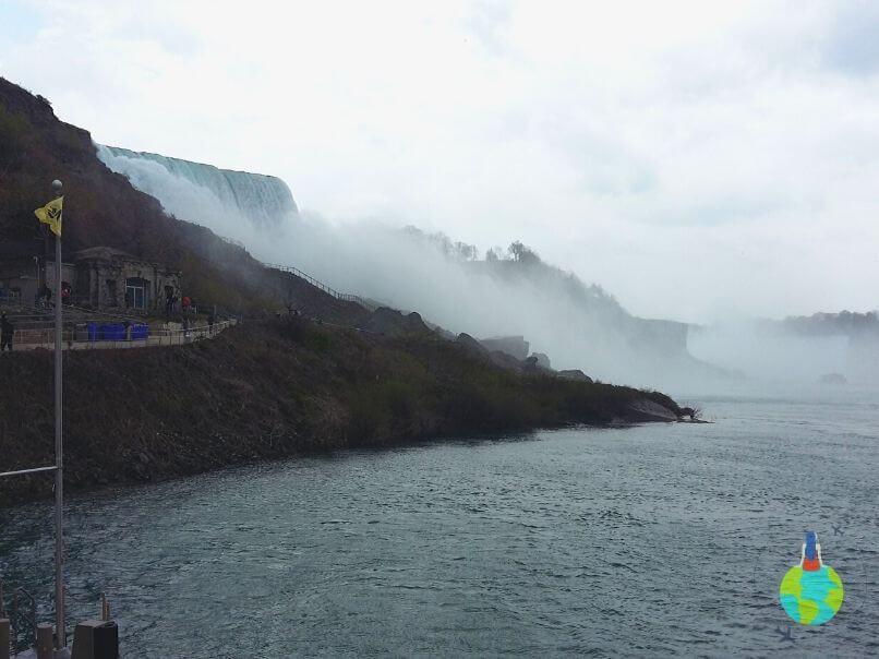 Accesul la Maid of the Mist
