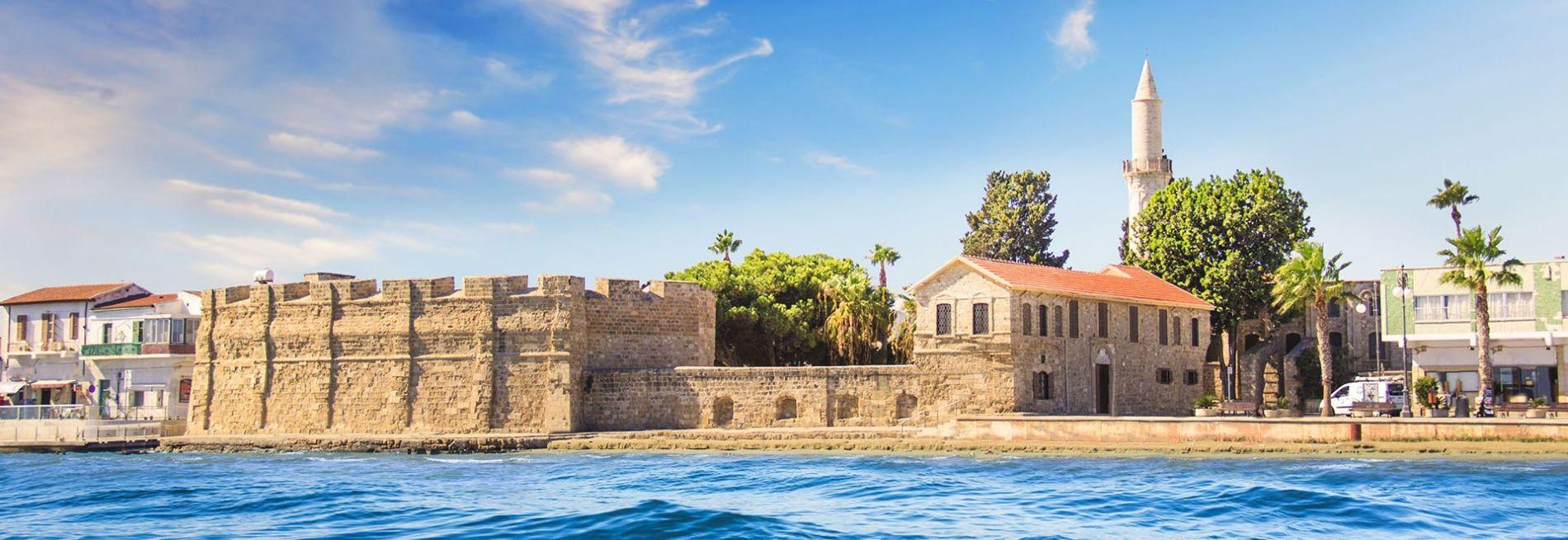Cipru plătește costurile vacanței turiștilor