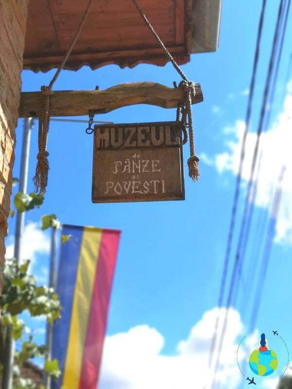 Muzeul de Pânze și Povești