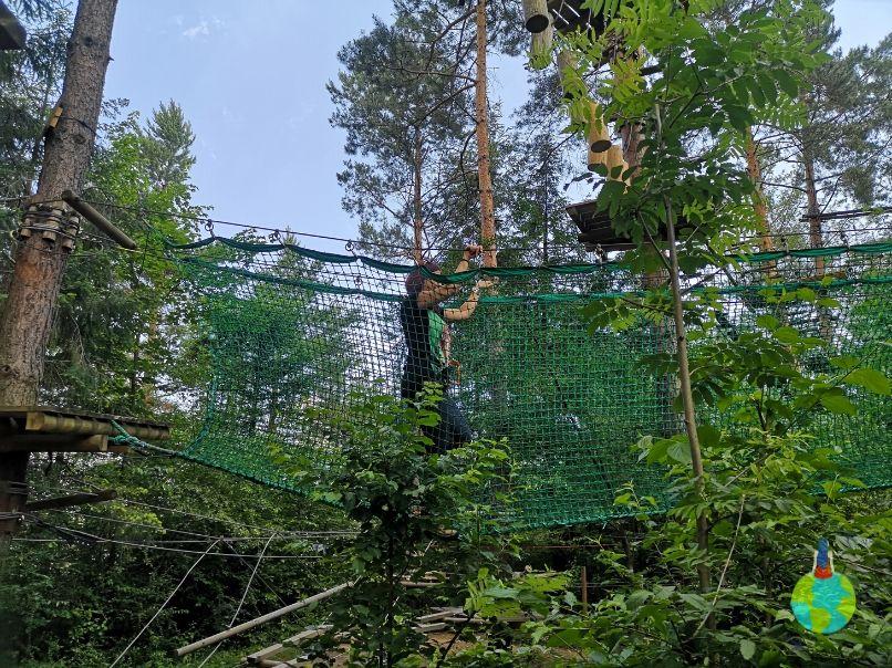 Adrenalină în Escalada Park din Parcul de Agrement Ariniș
