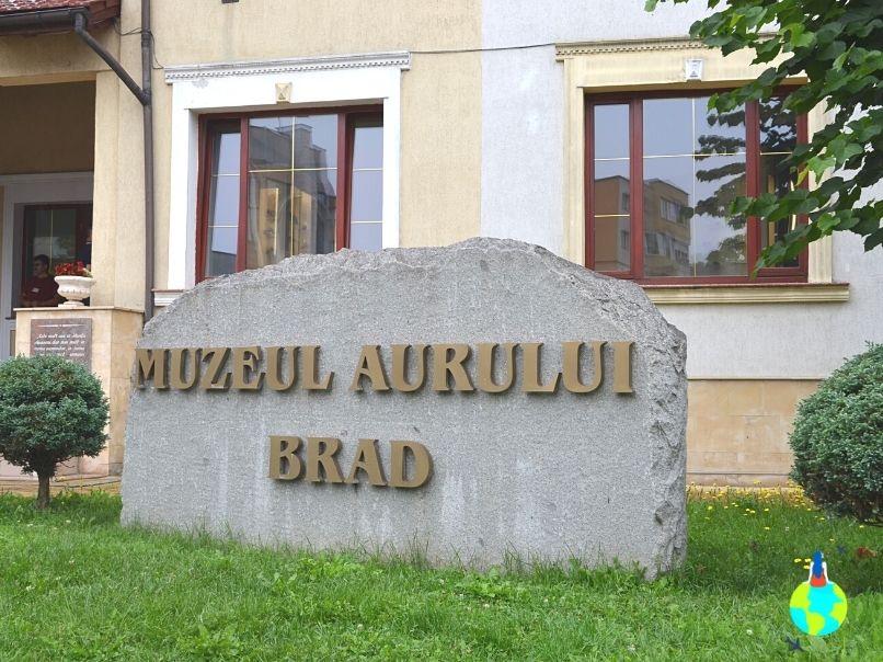 Muzeul Aurului de la Brad
