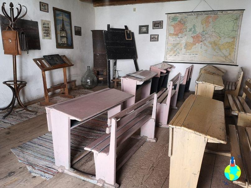 Școala din Cetatea Hărman