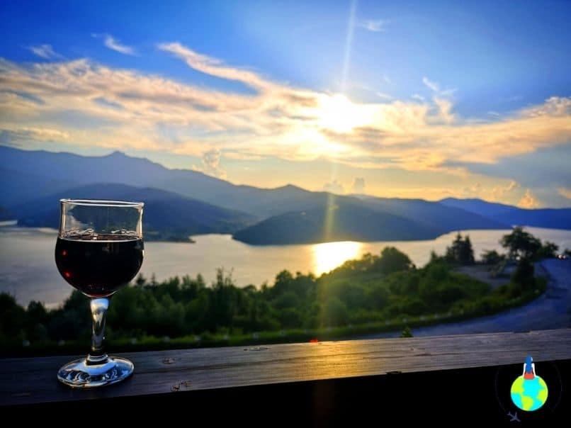 Apus de soare pe Lacul Bicaz