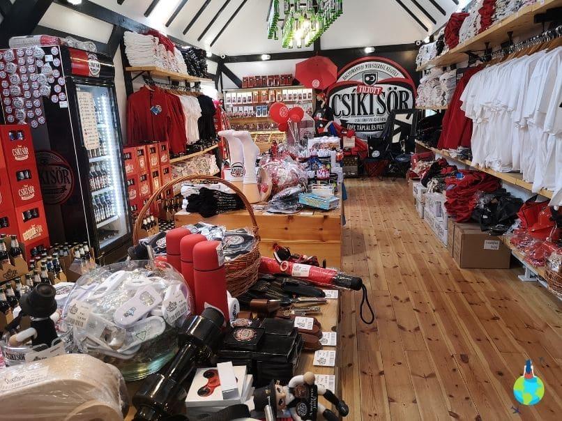 Magazinul de suveniruri Csíki Sör