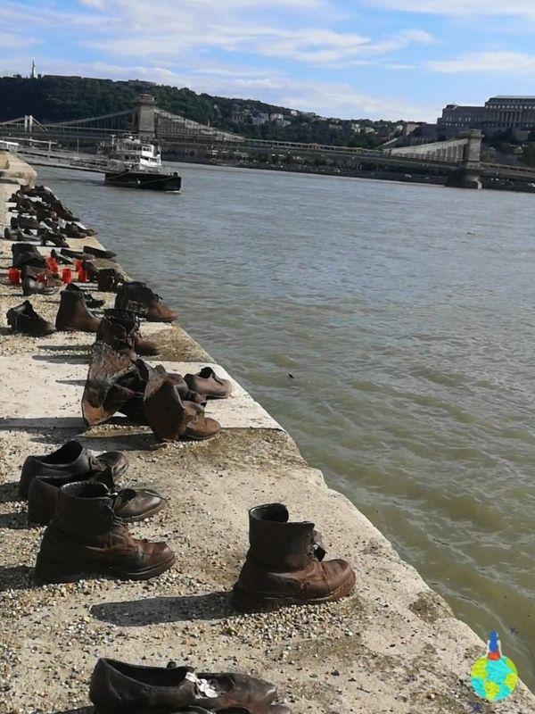 Pantofii de pe Dunăre – Memorialul evreilor