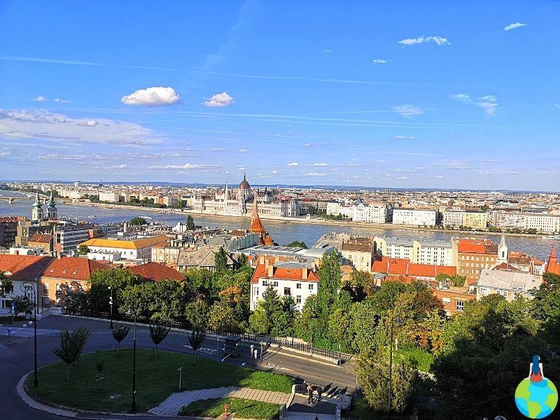 Parlamentul Ungariei văzut de la Bastionul Pescarilor