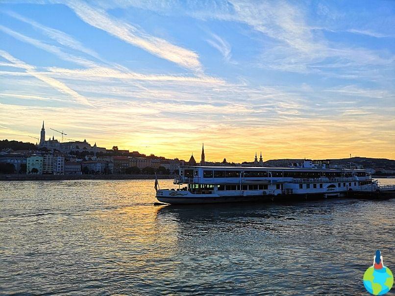 Apusul în Budapesta cea mai romantică dintre capitale